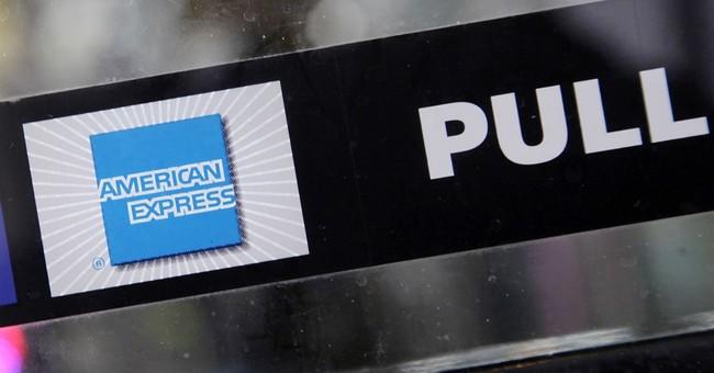 American Express tops 2Q profit forecasts