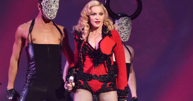 Madonna feels like Picasso, says art has no expiration date