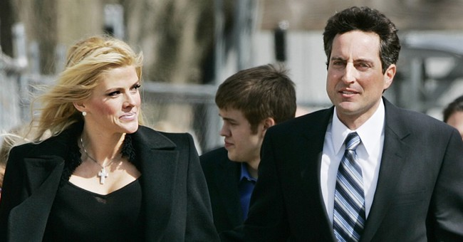 Felony case against Anna Nicole Smith confidante dismissed