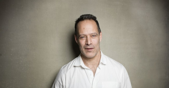 Sebastian Junger writing book on troops returning home