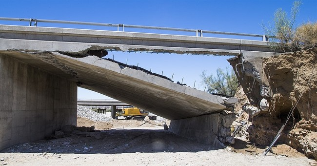 Desert city capitalizes as highway collapse diverts drivers