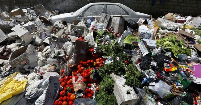 Lebanon's garbage crisis grows amid gridlock
