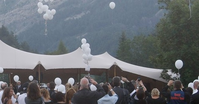 Families of Germanwings victims honor unidentified remains