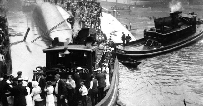 Chicago marks 100 years since Eastland Disaster; 844 died