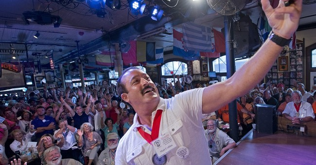 Florida man wins Hemingway look-alike contest in Key West