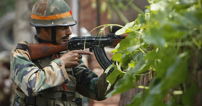 10 killed in India as militants attack police station, bus