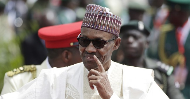 Nigeria president visits Cameroon to discuss militant threat