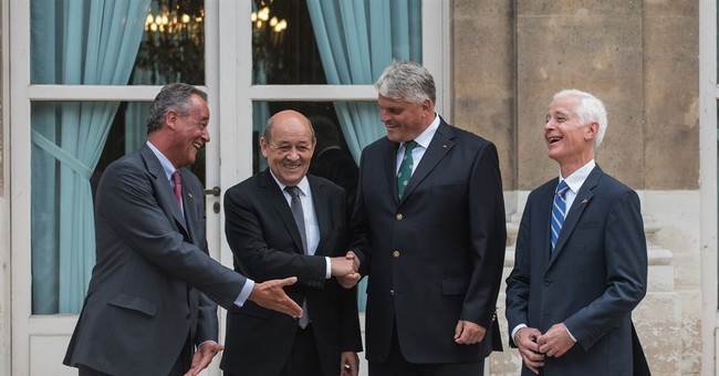 French, German tank makers sign tie-up agreement