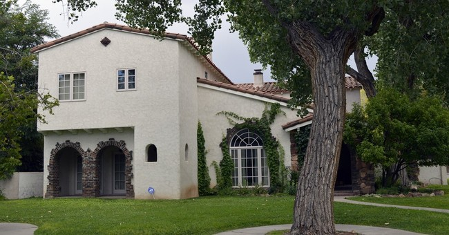 2 houses from 'Breaking Bad' for sale in Albuquerque