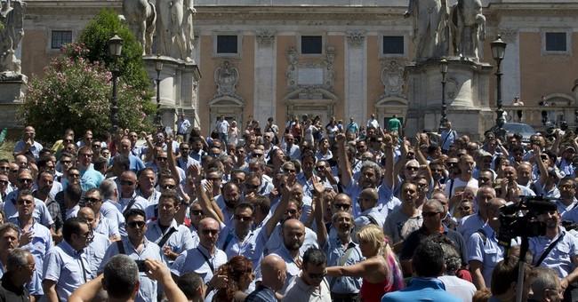Rome's hot summer: corruption, breakdowns run city to ground