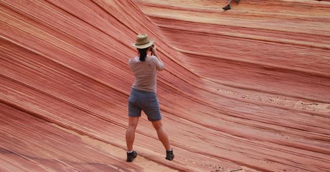 Hikers drawn to geological gem along Arizona-Utah border