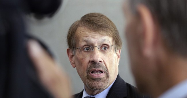Ex-US Rep. Reynolds scrambles to meet bond conditions