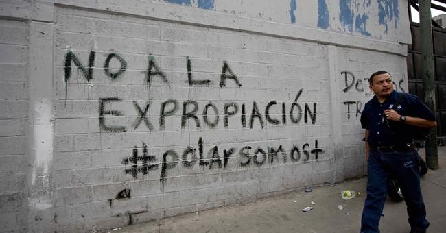 Venezuela governor: 1 killed during supermarket looting