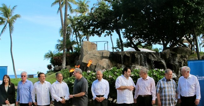 Pacific trade ministers pose for group photo at Maui meeting