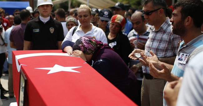 Turkey: 5 killed in clashes between authorities and PKK
