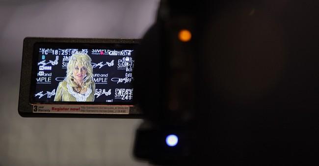 Dolly Parton's family life subject of TV movie