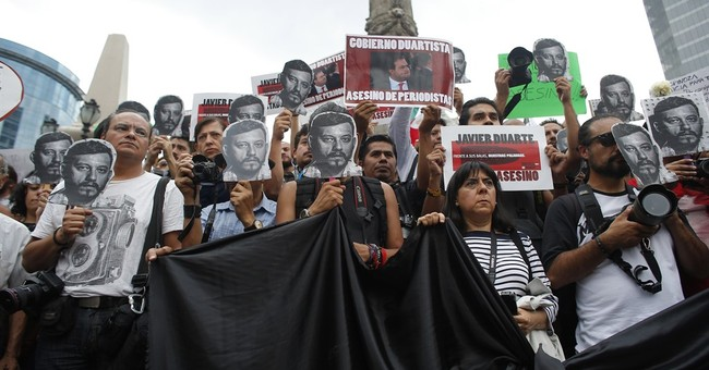 Mexico City mayor vows full probe of journalist slaying