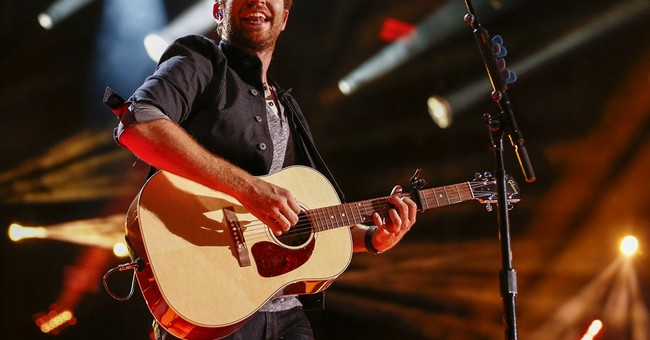 Brett Eldredge selected to judge Miss America pageant