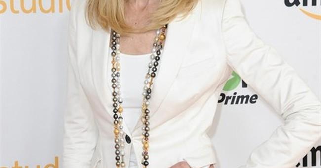 'Transparent' star says transgender Maura would envy Caitlyn