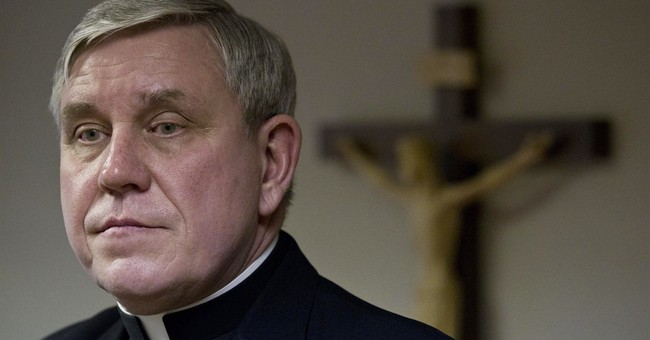Victim advocates decry Milwaukee archdiocese settlement plan