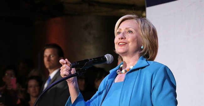 Hillary Clinton slams Bush on immigration, women's health
