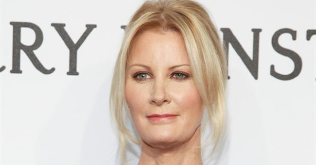 Sandra Lee hospitalized for cancer surgery complications