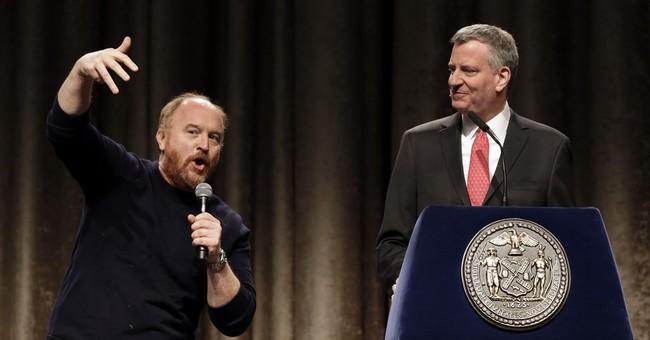 Comedy at NY City Hall: Louis C.K. shadows de Blasio