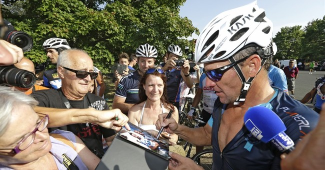 Government demanding Lance Armstrong's medical records