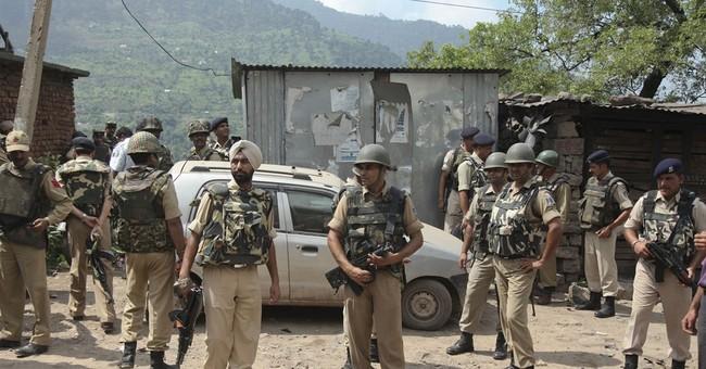 2 soldiers, 1 rebel killed in ambush in Indian Kashmir