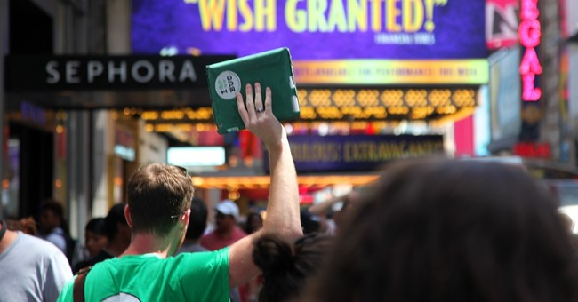 A look at some top walking tours of Broadway