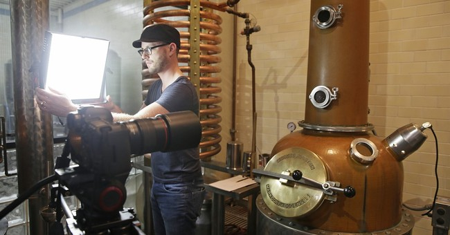 Liquor producers log on to get into the social media spirit