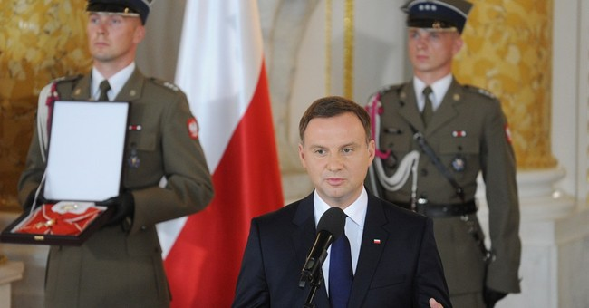 Poland's new president aims for more ties with Poles abroad