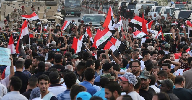 Thousands of Iraqis protest against government corruption