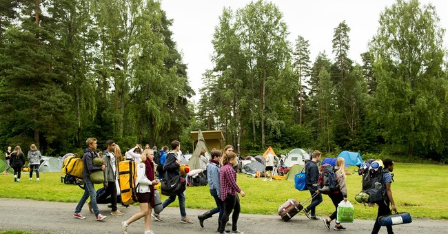 Youth camp resumes on isle 4 years after Norway massacre