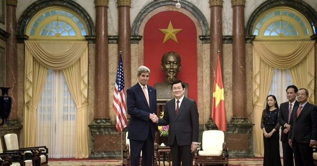 Kerry links better US-Vietnam ties to rights on anniversary