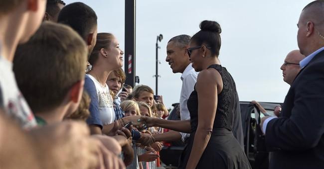 Obama gets jump on Martha's Vineyard vacation