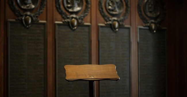 Pope to use Lincoln's Gettysburg lectern in Philadelphia
