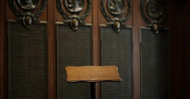 Pope to use Lincoln's Gettysburg lectern in Philadelphia