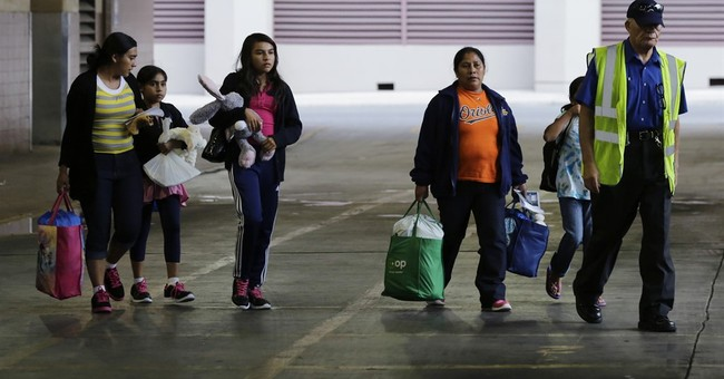 US officials ask judge not to end immigrant family detention