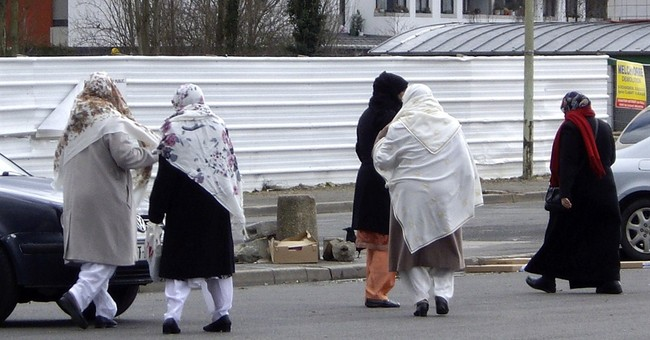 France sees as many anti-Muslim acts in Jan as all of 2014