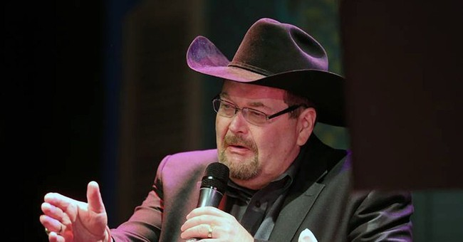Former WWE announcer Jim Ross hits the road for 1-man show