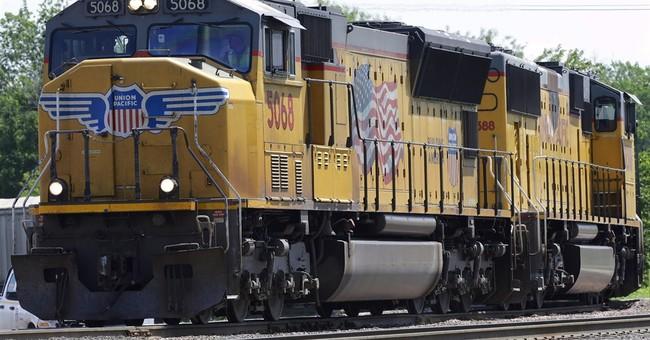Union Pacific railroad hauls in 22 percent more 4Q profit