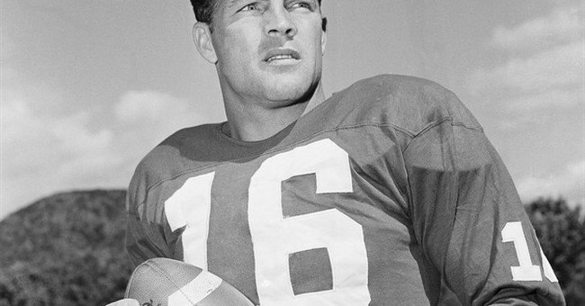 Pro Football Hall of Famer Frank Gifford dies at 84