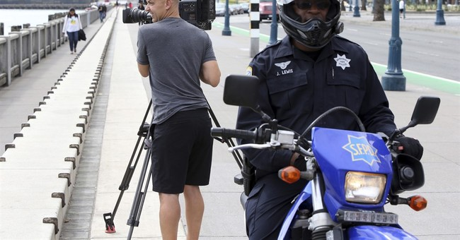 San Francisco Bay area news crews targeted by robbers