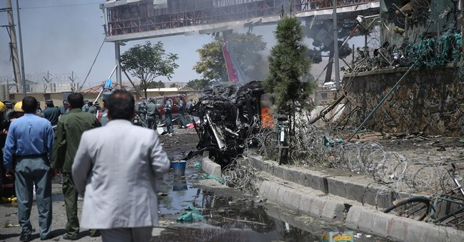 Afghan president calls on Pakistan to rein in Taliban