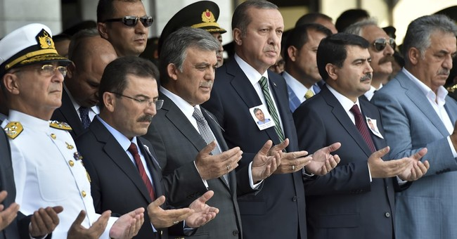 Turkish warplanes strike PKK targets in southeast