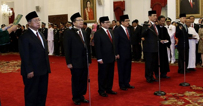 Indonesian president reshuffles Cabinet to boost economy