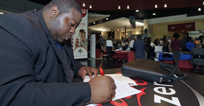 Monthly average of US jobless claims falls to 15-year low