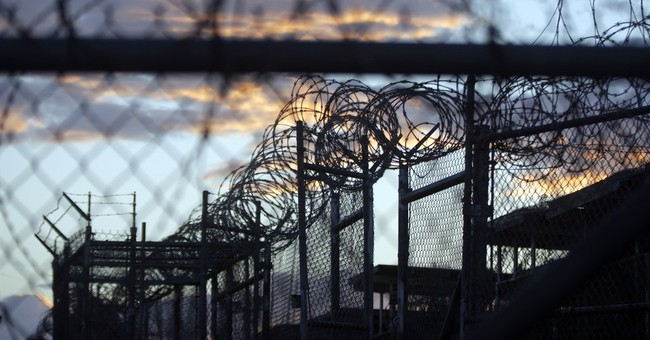 Pentagon assessing US options for Guantanamo detainees