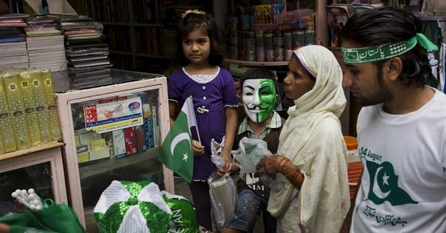 Kashmir villagers flee amid Pakistan-India gunfire; 1 killed